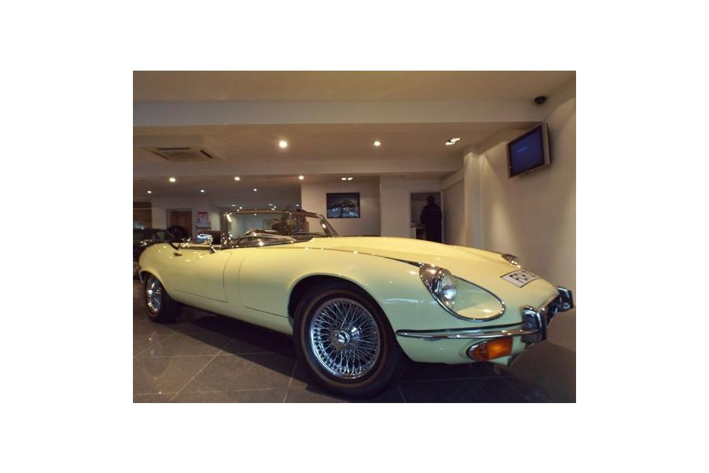 Jaguar E-Type Convertible 2520