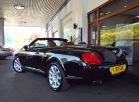 Bentley Continental GTC 6.0
